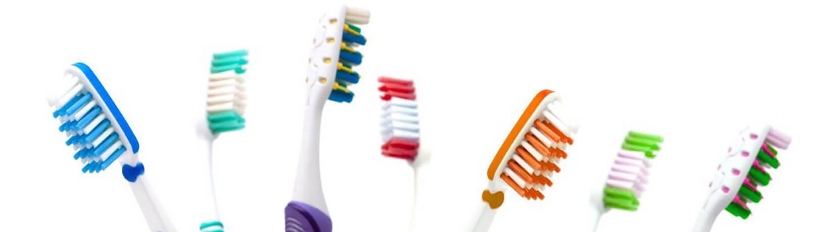 Як жорсткість зубної щітки впливає на здоров'я зубів